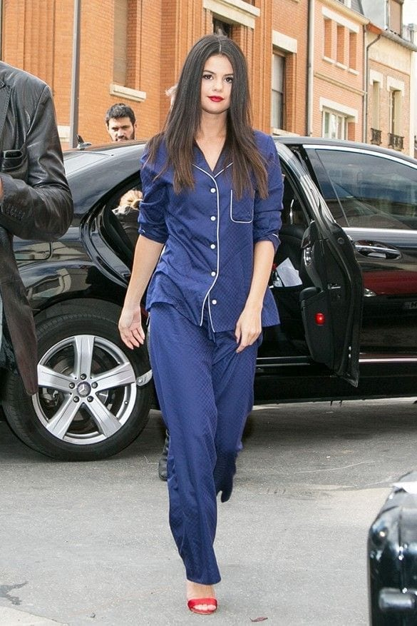 uscire in pigiama, theladycracy.it, elisa bellino, fashion blogger italiane, come si mette il pigiama, selena gomez outfit