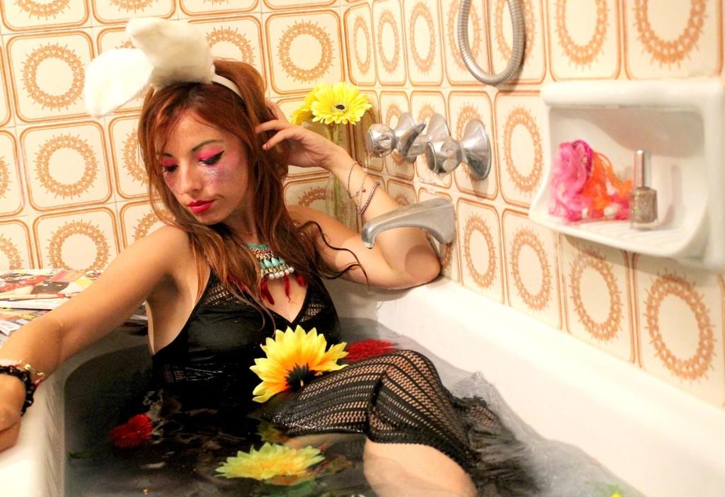 bunny ears, fashion bloggers, fashion blog milano, black long dress, bathtube shooting, theladycracy, elisa bellino, sparkling make up, glitter
