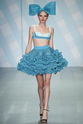 sibling, crop top,LFW, THELADYCRACY, ELISA BELLINO,  , spring, flower trend, SUMMER TRENDS 2015, big bow, petticoat,