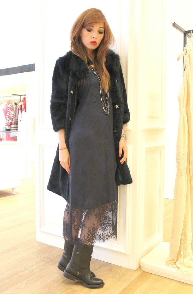 Blue dress, lace dress, navy fur, twin set simona barbieri, long necklace chanel, elisa bellino, theladycracy, your twin set style,  twin set contest, best fashion blogger, fashion blogger milano, fashion trend , nwe f w collection 2014/2015, new trends