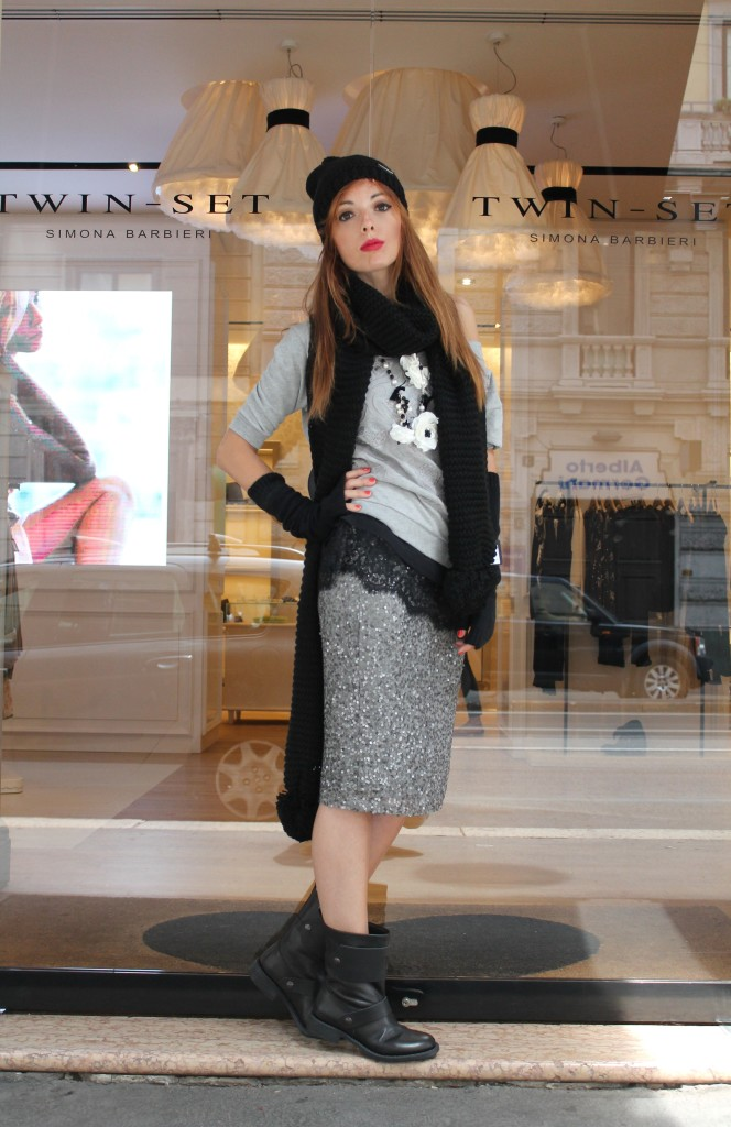 sequin skirt, longuette silver, paillettes, twin-set total look, fashion outfit, fashion inspiration, fashion look, fashion blogger milano, jumpsuit trend, beanie, maxi scarf, lace, elisa bellino, twin set blogger,twin set contest,