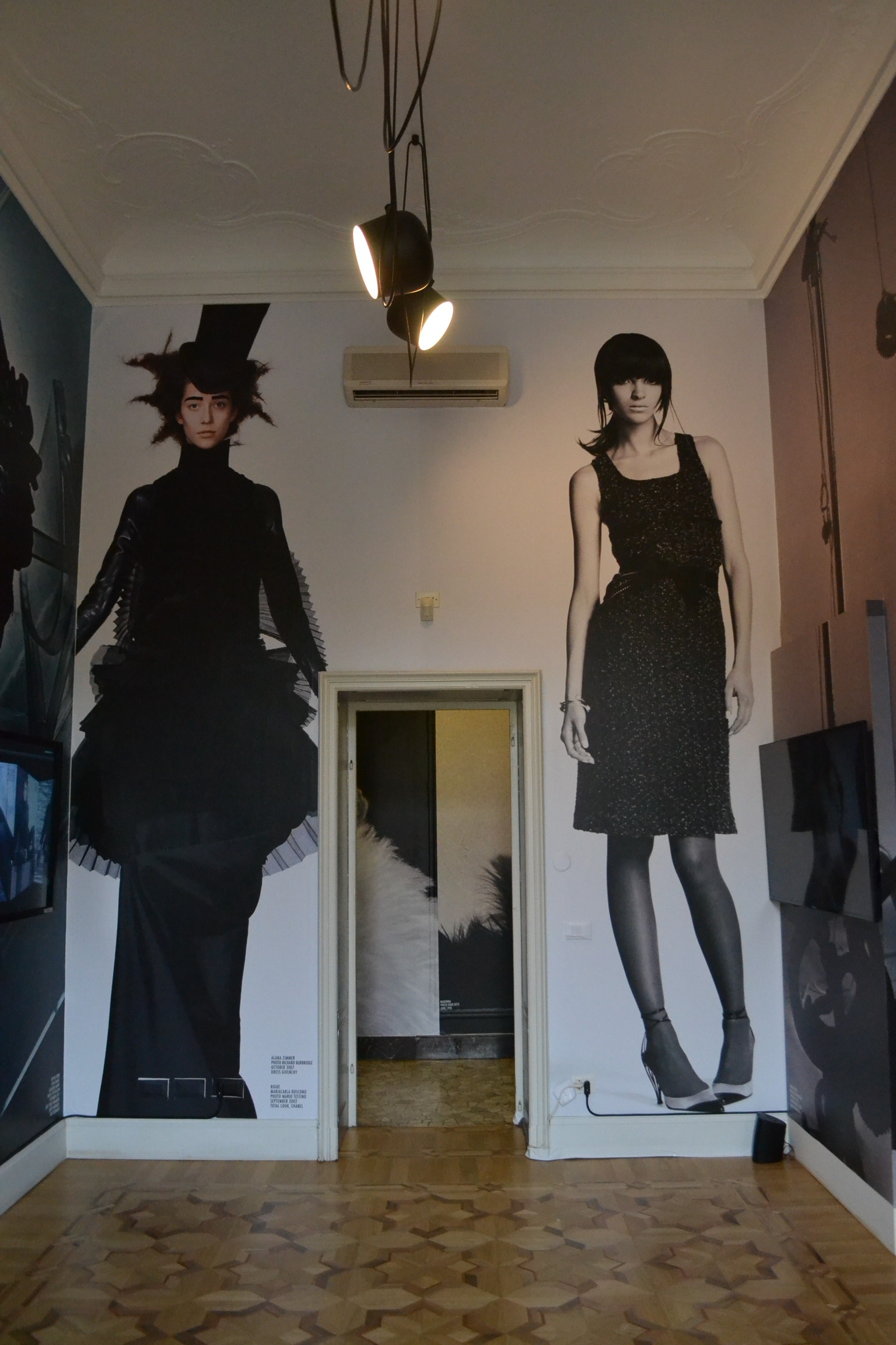 FASHION EXPERIENCE: INSIDE VOGUE ITALIA and VOGUE ARCHIVE ...