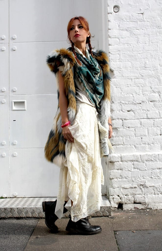 fashion editorial,manila grace outfit, manila grace look, bohemienne style, boho chic look, gipsy trend, maxi faux fur, white trend, red hair, elisa bellino, theladycracy, fashion blog milano, fashion bloggers italy, fashion bloggers outfits, fashion trends 2015,