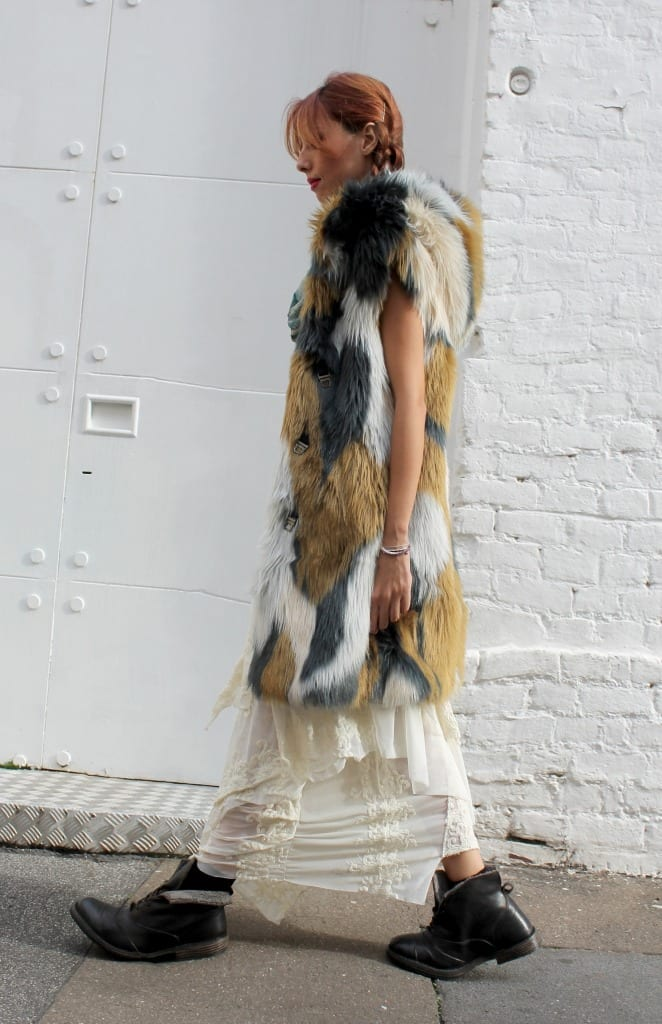fashion editorial, grace outfit, manila grace look, bohemienne style, boho chic look, gipsy trend, maxi faux fur, white trend, red hair, elisa bellino, theladycracy, fashion blog milano, fashion bloggers italy, fashion bloggers outfits, fashion trends 2015,