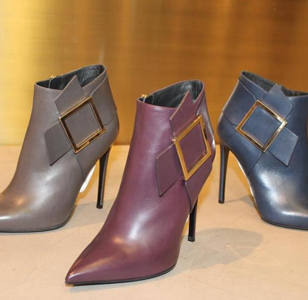 ginmarco lorenzi shoes, gianmarco lorenzi new collectio fw 2014-15, made in italy, luxury shoes, luxury trend, fashion bloggers milano, elisa bellino, milano, decollete blu, booties trend