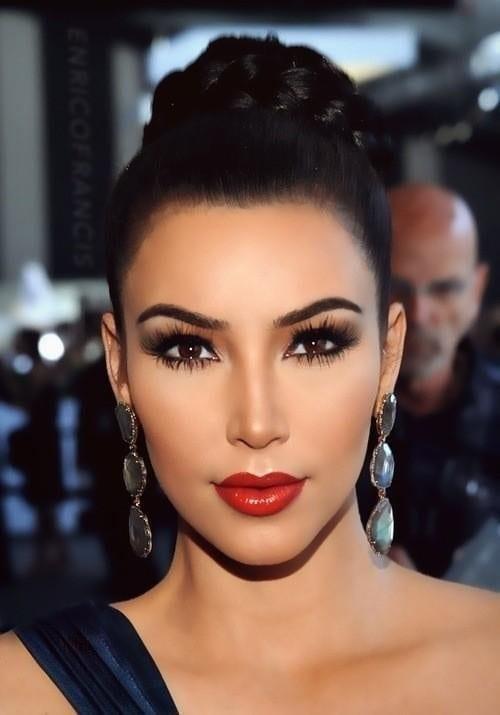 the hottest winter lipstick, kim kardashian, velvet lips, rouge, mac cosmetics lipstick,  rossetti inverno, come avere labbra più voluminose, trucchi makeup, rossetti più belli,
