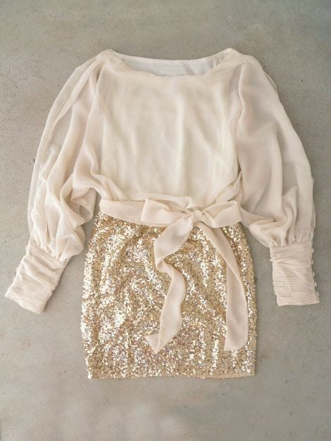 party dress, fashion trends, asos, gold dress, sparkling dress, sequined skirt, paillettes, sequin, sequined dress, party dress inspirations, party outfit, elisa bellino, theladycracy, fashionblogzine milano,