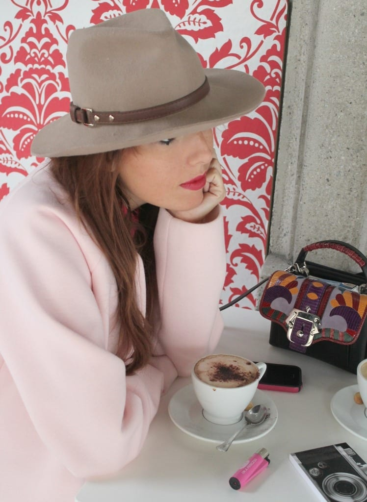 fashion editorial, bellino, theladycracy, fashion blogzine, fashion blog milano, outfit of the day, outfit milano, pink coat, hat accessorize, paula cademartori bag, dun dun paula cademartori, petit faye, fall winter paula cademartori, red hair, choies blouse, erica vagliengo, milano bloggers, best fashion blog, giorgio armani, mfw 2015, boselli mario, anna wintour, trends alerts, stivaletto rosa, cappotto pastello, cappotto rosa, sarenza shoes, skinny jeans, asos jeans, good morning fashion, fashion breakfast