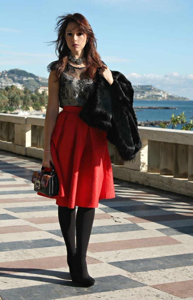 ELISA BELLINO www.theladycracy.it 5,ELISA BELLINO www.theladycracy.it 2, red skirt choies, fur compagnia italiana, top intimissimi, shoes stradivarius, bag dun dun paula cademartori,fashion editorial
