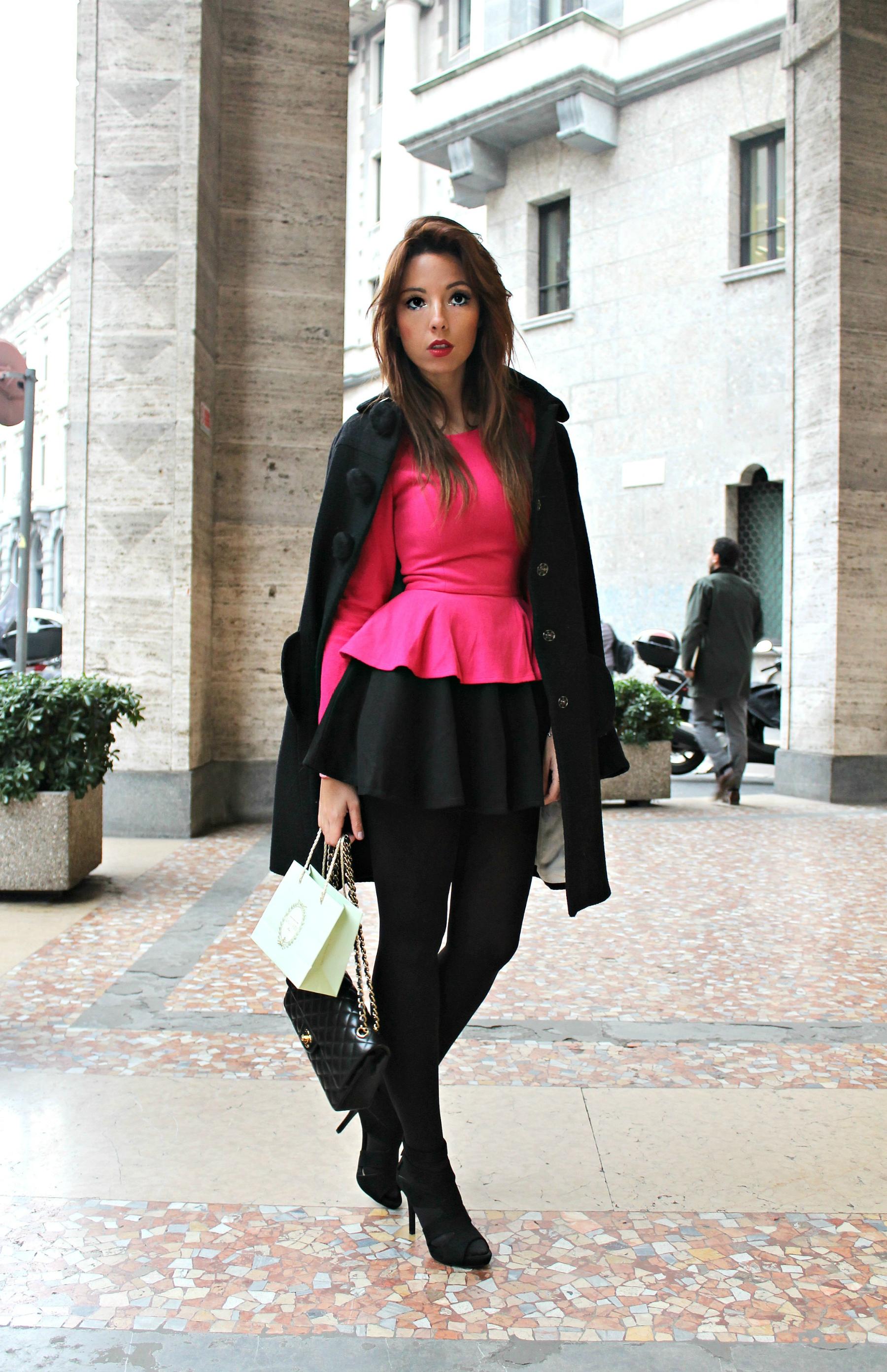 Fashion editorial donne post orlo di una crisi di nervi for Laurea magistrale moda milano