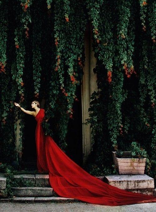 red valentino, rosso valentino, valentino garavani, www.theladycracy.it