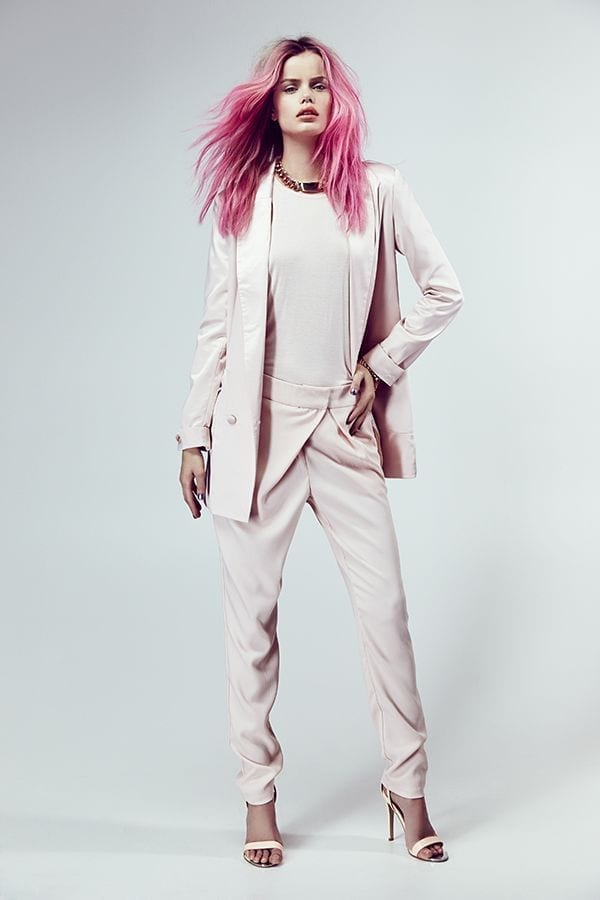 blazer, pink hair, fashion inspirations, fashion pastel colors, pink look, www.theladycracy.it,il guardaroba perfetto, elisa bellino, theladycracy.it, fashion blogger italia