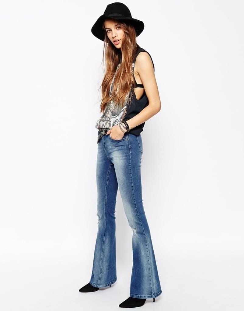 flare pants www.theladycracy.it,t www.theladycracy.it, inizio saldi, cosa comprare nei saldi,outfit inspirations, fashion look,  jeans zampa elefante, rock, seventies look,