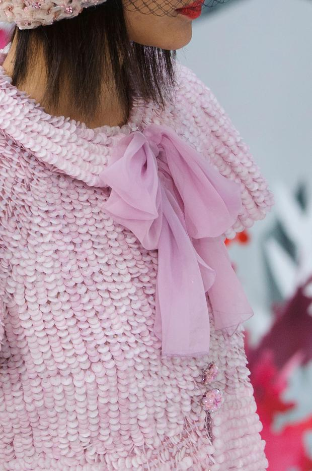 paris haute couture, fashion news, best fashion dress 2015, luxury dress, chanel haute couture ss 2015, www.theladycracy.it, paillettes pink, pink bow