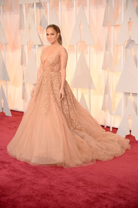 jenniferlopez-oscar2015, elie saab, theladycracy.it , vestiti da red carpet, the worst dressed , celebrity style, oscar 2015 dresses,