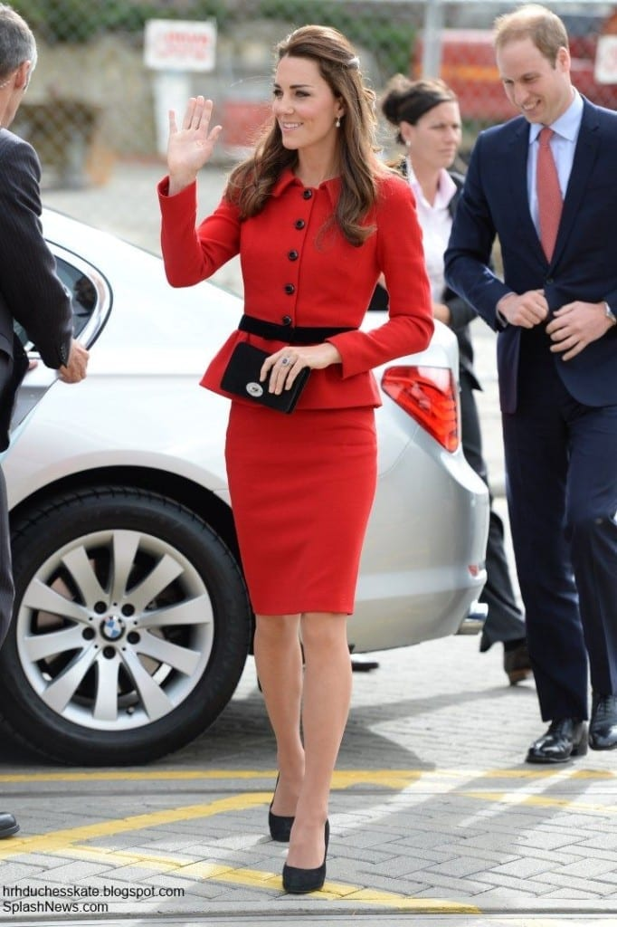 luisa spagnoli kate middleton red tailleur,luisa spagnoli, angora conigli luisa spagnoli, fashion wonder women, elisa bellino, theladycracy.it, made in italy, baci perugina,