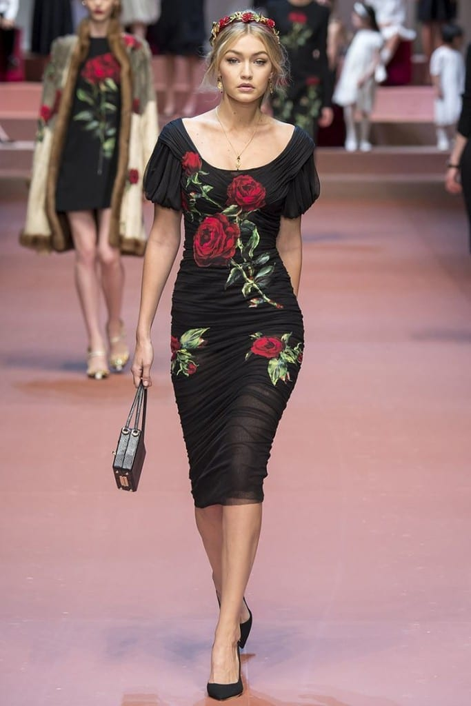 gigi hadid mfw fw 2015 dolce and gabbana dress,gigi hadid style, theladycracy.it, fashion blog italia, best fashion blog italy, elisa bellino