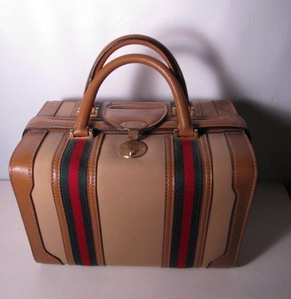 gucci vintage luggage, theladycracy.it,luxury bag, theladycracy.it, shopping vintage, best shopping vintage site online,Shopping vintage, dove comprare vintage online, theladycracy.it, elisa bellino, fashion blog italia, fashion blogger italia,