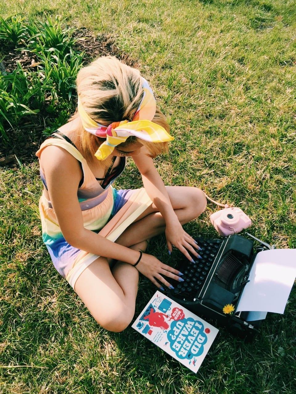 writer typewriter theladycracy.it wonder women -