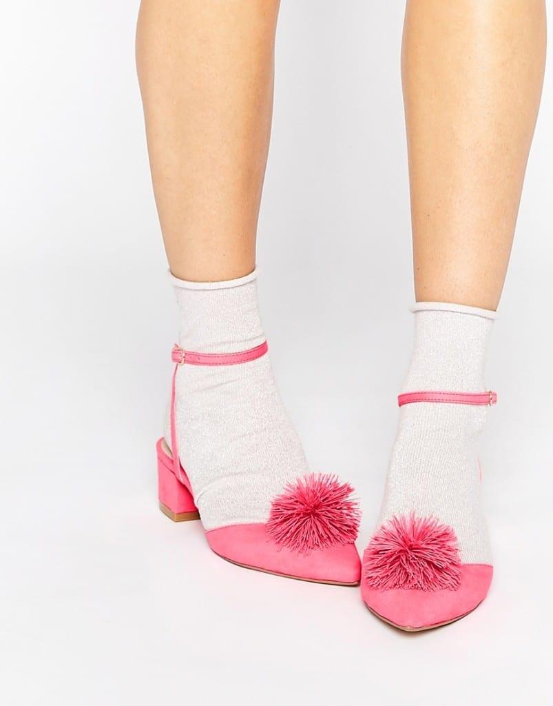 cosa comprare su asos, fashion blog italia, theladycracy.it, elisa bellino, pom pom shoes, accessori asos