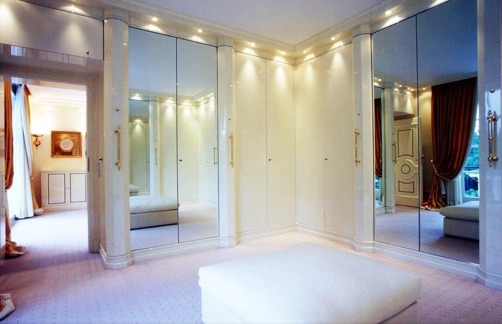 cabina armadio, theladycracy.it, elisa bellino, fashion blog italia, best fashion blogger italy, arredare la casa, l'importanza della cabina armadio,
