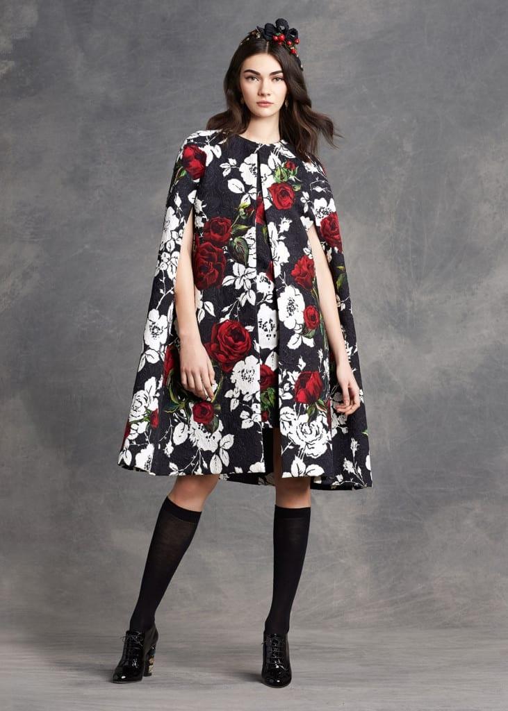 dolce and gabbana cape, mantella, come vestirsi bene in autunno inverno 2015, best fashion blogger italy, fashion blog italia, elisa bellino, theladycracy.it