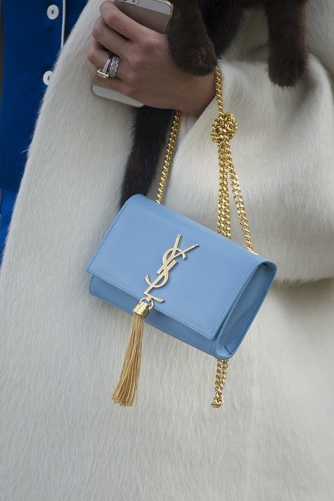 lusso e borse, theladycracy.it, accessorizing, elisa bellino, fashion blogger italia, fashion blog famosi, best fashion blogger italy, ysl blue pochette