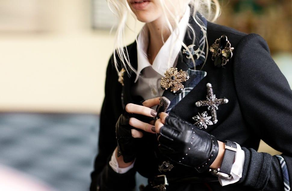 accessori moda autunno inverno 2015, theladycracy.it, come si mettono le spille,