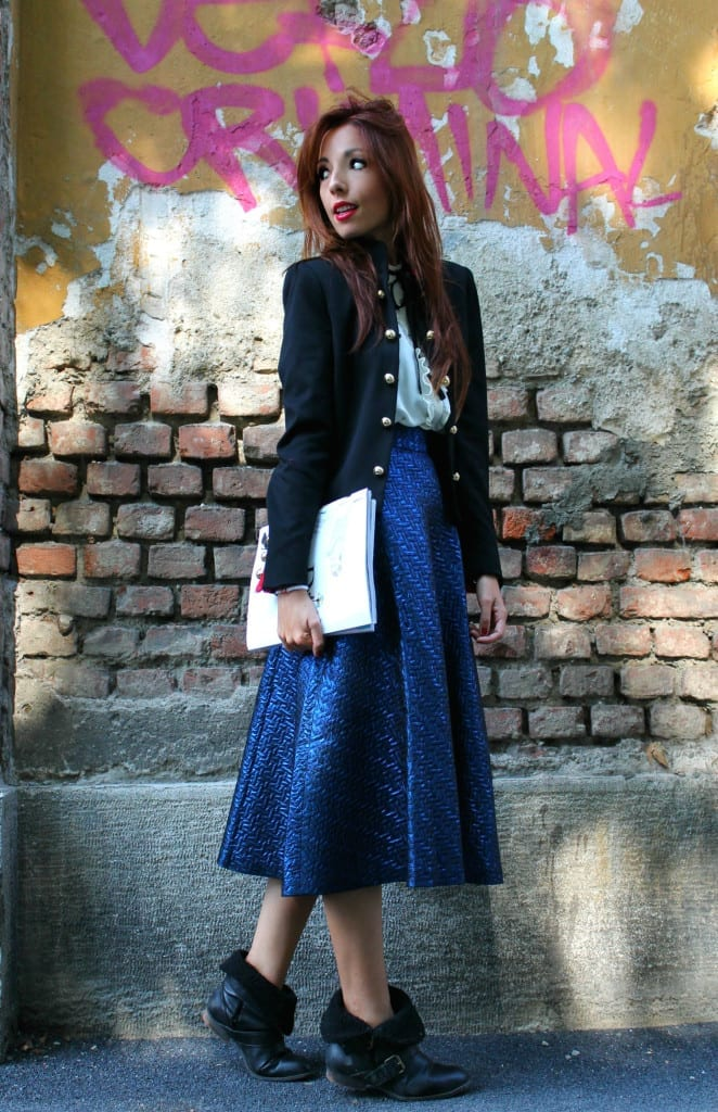 giacca marsina stile chanel, theladycracy.it, facebook fenomeno, outfit army, blazer chanel, outfit fashion blogger, midi skirt