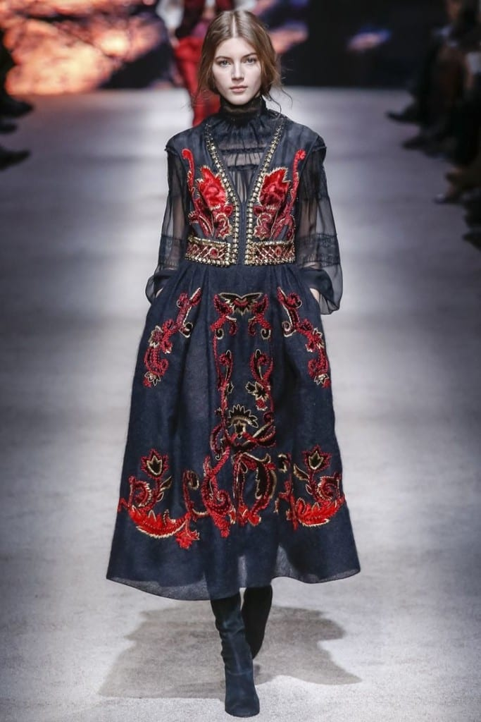 moda autunno inverno 2016, theladycracy.it, elisa bellino, fashion blog italia, cosa significa folk, alberta ferretti fw 2015, fashion blogger italiane