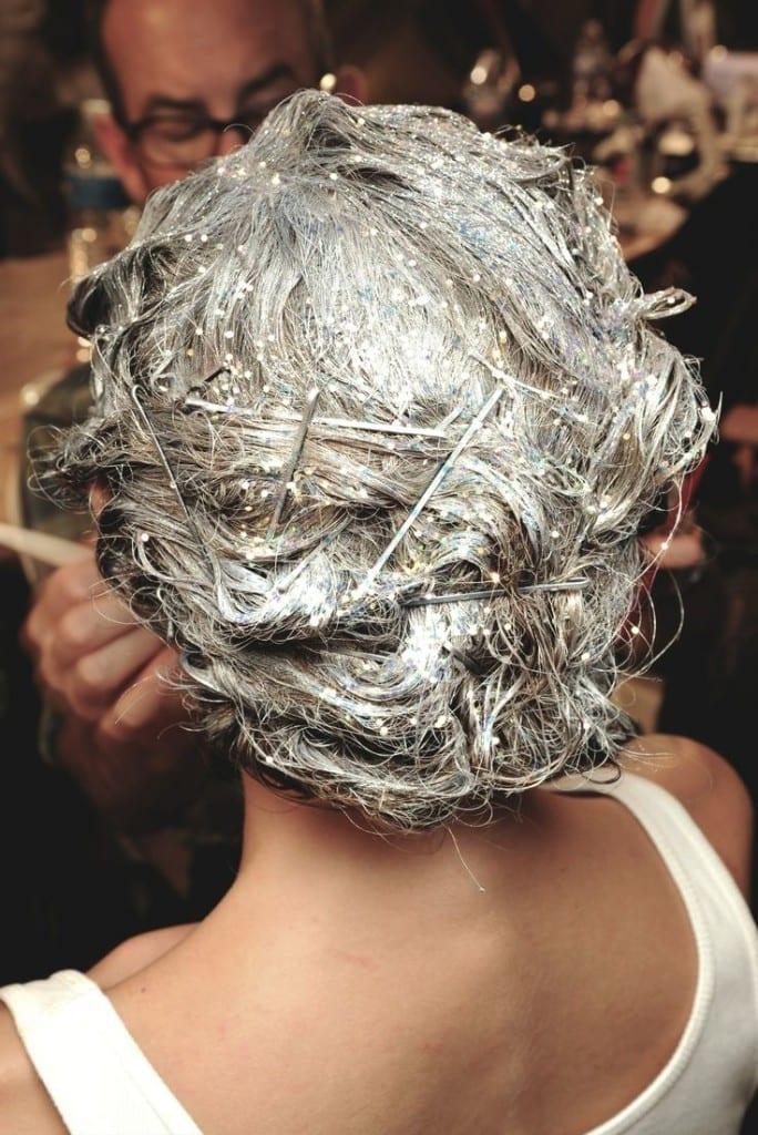 capelli raccolti per feste, theladycracy.it, glitter capelli, elisa bellino, tendenze capelli 2015, sparkly hair