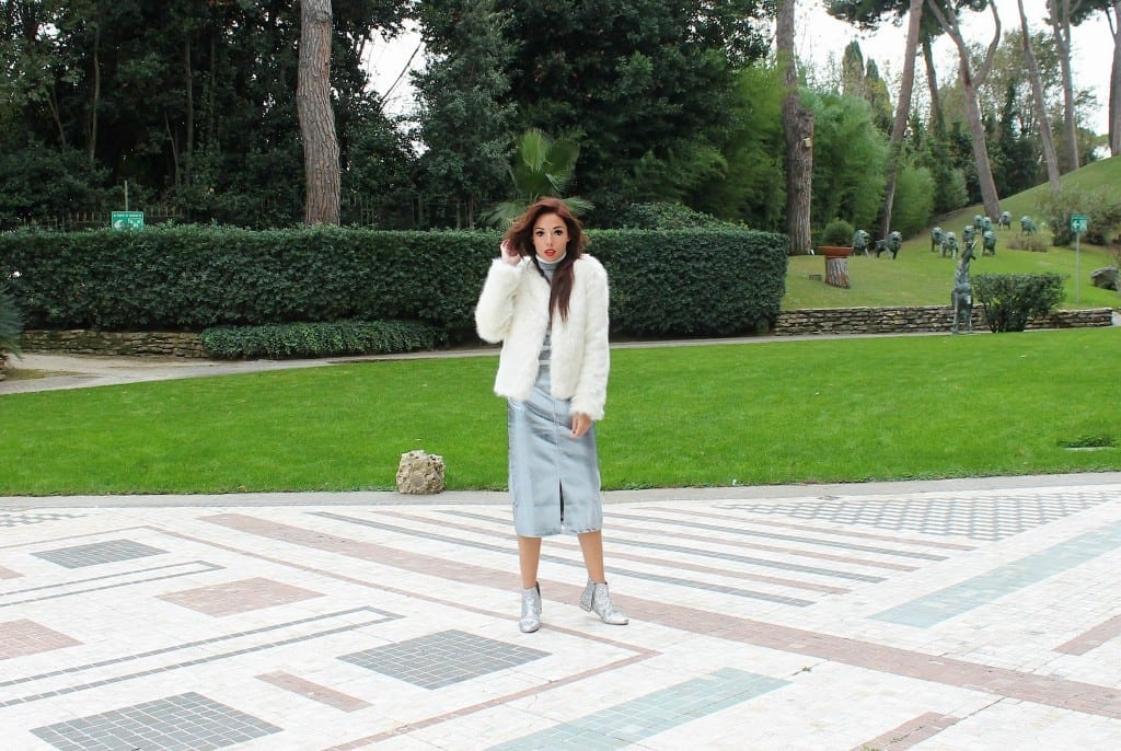 elisa belllino, theladycracy.it,amicizia vera, stivaletti glitterati, glitter stivaletti, white fur,