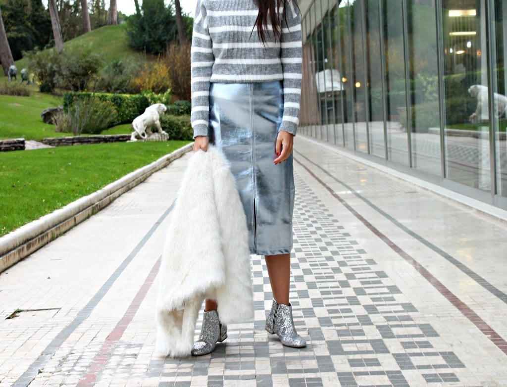 theladycracy.it, fashion blog italia,amicizia vera, stivaletti glitterati, glitter stivaletti, white fur,amicizia vera, stivaletti glitterati, glitter stivaletti, white fur,