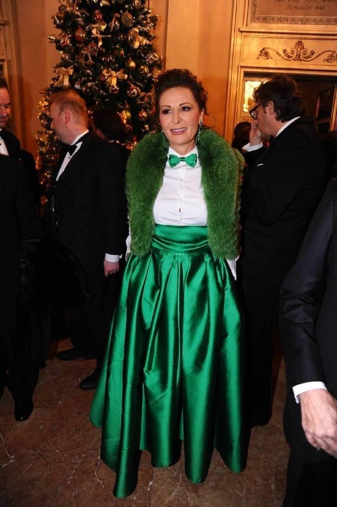 daniela santanchè, theladycracy.it, elisa bellino, outfit orrendi daniela santanchè, ilary blasi, vestito daniela santanchè