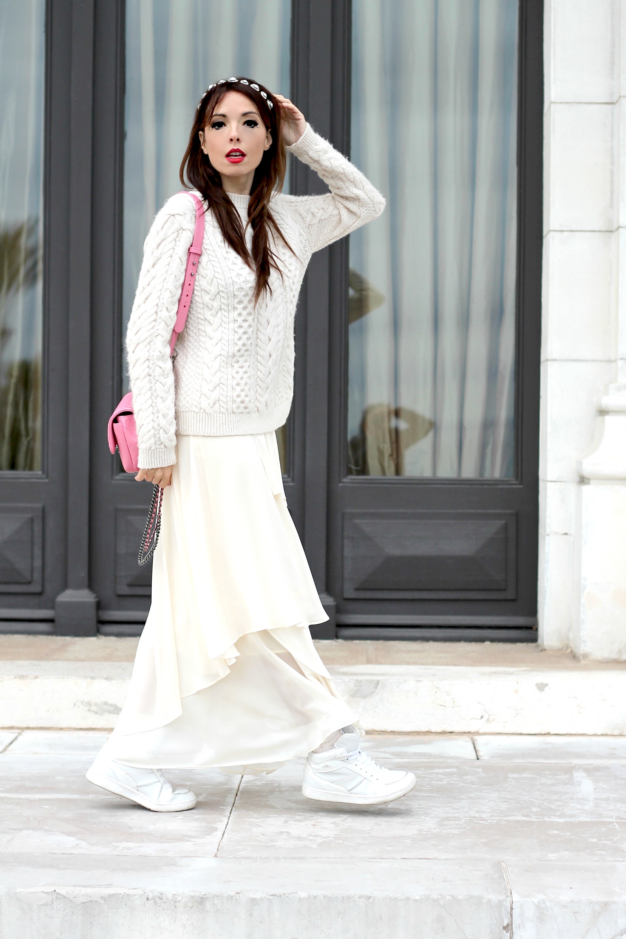 elisa bellino, chanel bag pink, theladycracy.it, fashion blogger italiane famose, fashion blog italia, chanel bag, prospettive lavorative futuro, total white look, zarina outfit, chanel pink bag