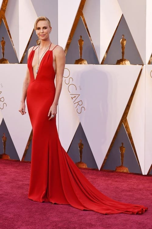 Charlize theron dior oscar 2016, abiti oscar 2016, abiti oscar 2016, theladycracy.it, fashion blog, fashion blogger italiane, fashion blogger italia, fashion blog italia, oscar 2016 best dressed