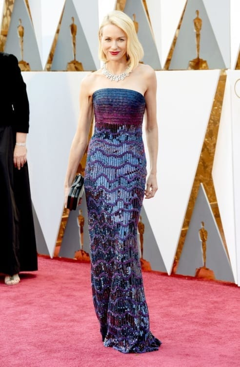 Naomi Watts Armani prive oscar 2016, abiti oscar 2016, theladycracy.it, fashion blog, fashion blogger italiane, fashion blogger italia, fashion blog italia, oscar 2016 best dressed
