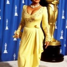 Notte Oscar: ecco i look più brutti di sempre