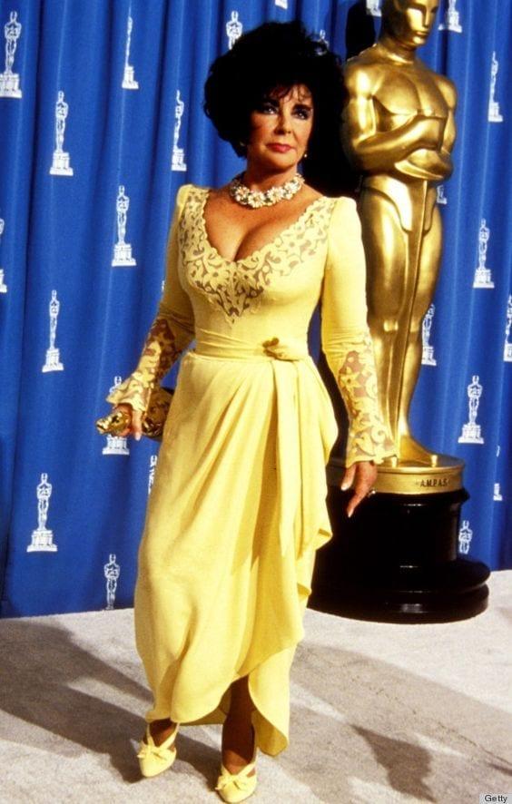 taylor elizabeth oscar yellow dress, theladycracy.it, fashion blog italia, fashion blog