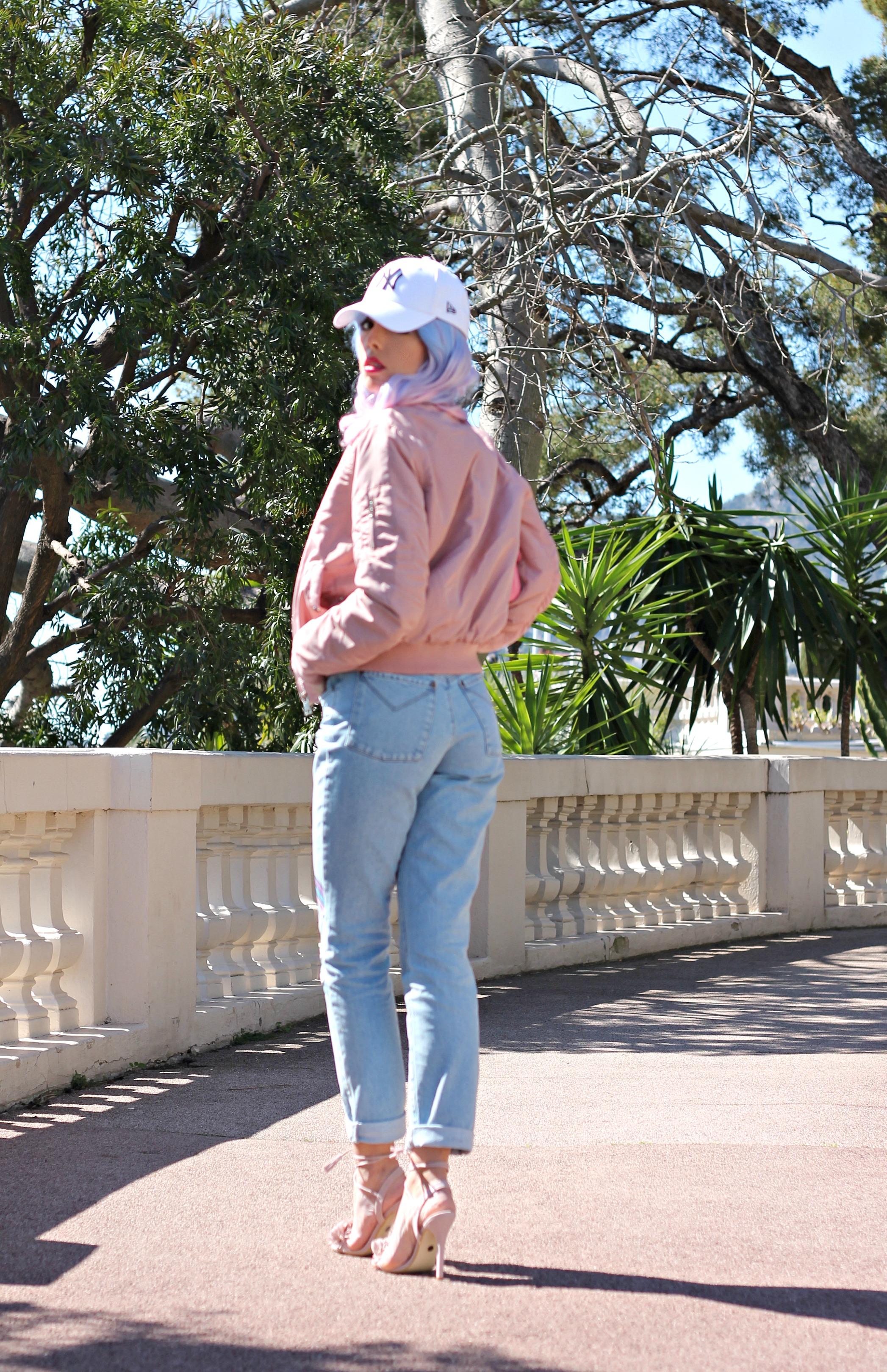 the ragged priest jeans, tendenze primavera estate 2016, tendenze moda 2016, bomber primavera 2016, borsa chanel rosa, capelli pastello, outfit primavera 2016, fashion blog, fashion blogger italiane, fashion bloggers, migliori look primavera estate 2016, moda blogger 2016, pink trend, accessori rosa 2016, sandali asos 2016,elisa bellino, theladycracy.it, mom jeans, quali jeans vanno di moda, jeans a vita alta