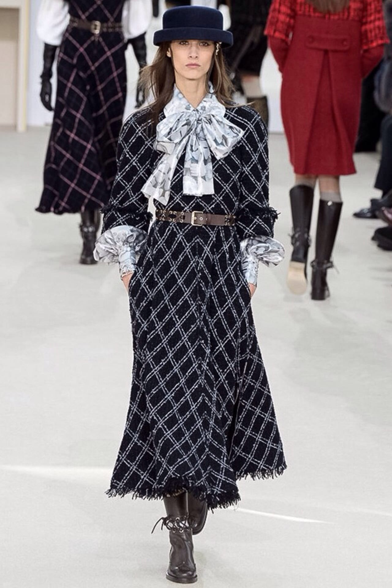 chanel fall winter 2016, Chanel, Fashion Show, Ready To Wear Collection Fall Winter 2016, in Paris, theladycracy.it, elisa bellino, fashion blog, fashion blogger italiane, fashion blog italia, tendenze moda 2016, tendenze autunno inverno 2016