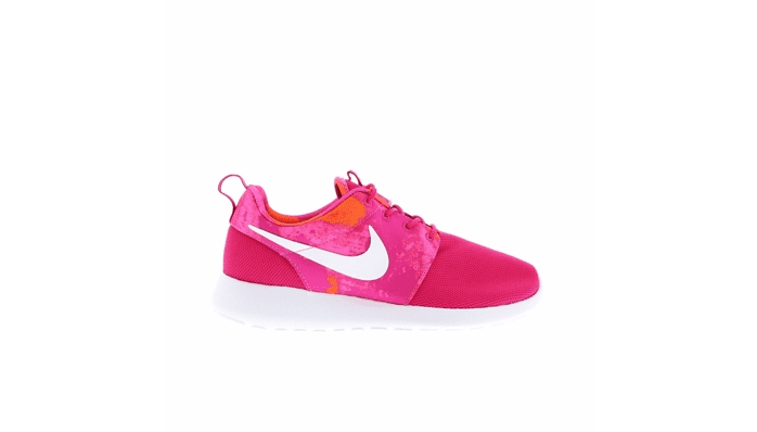 Nike roshe one, Nike air huarache,theladycracy.it, elisa bellino, fashion blog italia, fashion blog, fashion bloggers, fashion blogger italiane, fashion blogger style, sneakers 2016 donna, le sneakers da comprare estate 2016, quali scarpe compro, scarpe di moda 2016, elisa bellino, tendenze moda primavera estate 2016