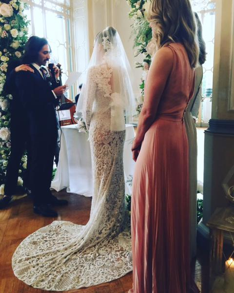 abiti da sposa più belli di sempre, best weeding dress of ever, eleonora carisi sposa, eleonora carisi matrimonio, theladycracy.it, elisa bellino, fashion blog 2016, fashion blogger famose 2016, fashion blogger italia 2016, fashion blogger italiane, fashion bloggers 2016,
