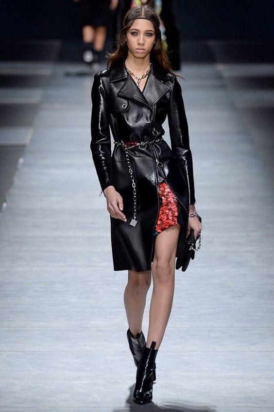 Versace fall 2016, Alexander mcqueen fall 2016, fetish moda 2016, theladycracy.it, elisa bellino, fashion blog 2016, fashion blogger 2016, fashion blogger italiane, fashion blogger famose, fetish trend 2016, bondage 2016,