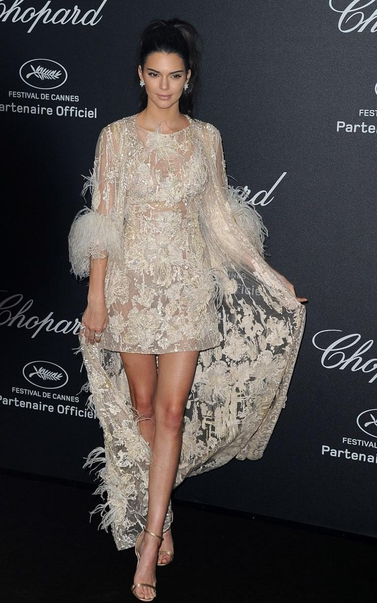 kendal jenner cannes 2016 elie saab, ciao povery, festival di cannes 2016, festival di cannes 2016 look più brutti, abiti festival di cannes 2016, theladycracy.it, elisa bellino, fashion blog 2016, fashion blogger italiane, fashion blogger famose, fashion blogger italia,