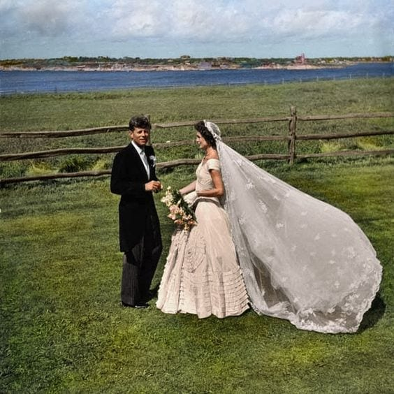 kennedy wedding 1953, abiti da sposa più belli di sempre, best weeding dress of ever, eleonora carisi sposa, eleonora carisi matrimonio, theladycracy.it, elisa bellino, fashion blog 2016, fashion blogger famose 2016, fashion blogger italia 2016, fashion blogger italiane, fashion bloggers 2016,