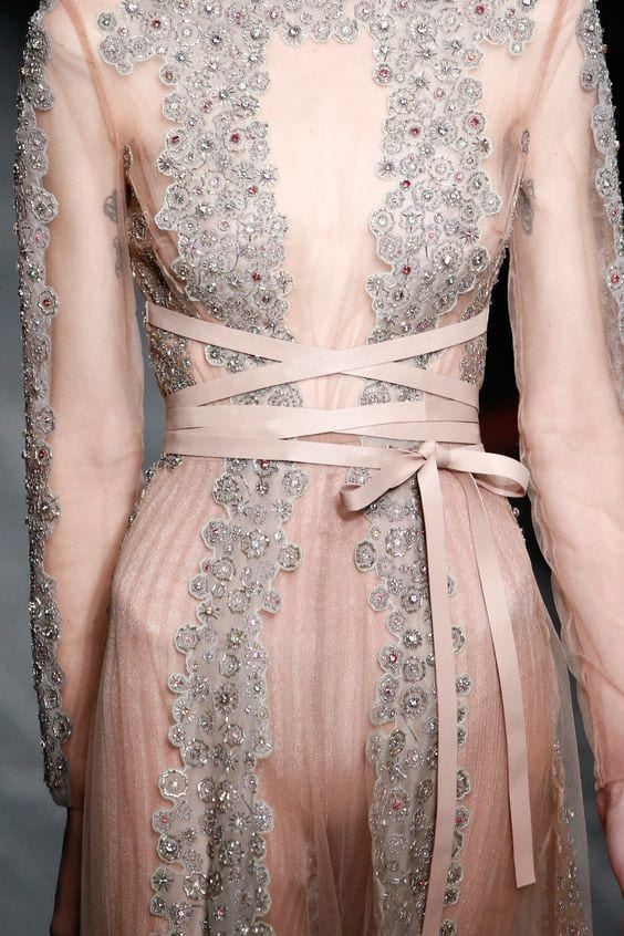 valentino fall 2016, Alexander mcqueen fall 2016, fetish moda 2016, theladycracy.it, elisa bellino, fashion blog 2016, fashion blogger 2016, fashion blogger italiane, fashion blogger famose, fetish trend 2016, bondage 2016,