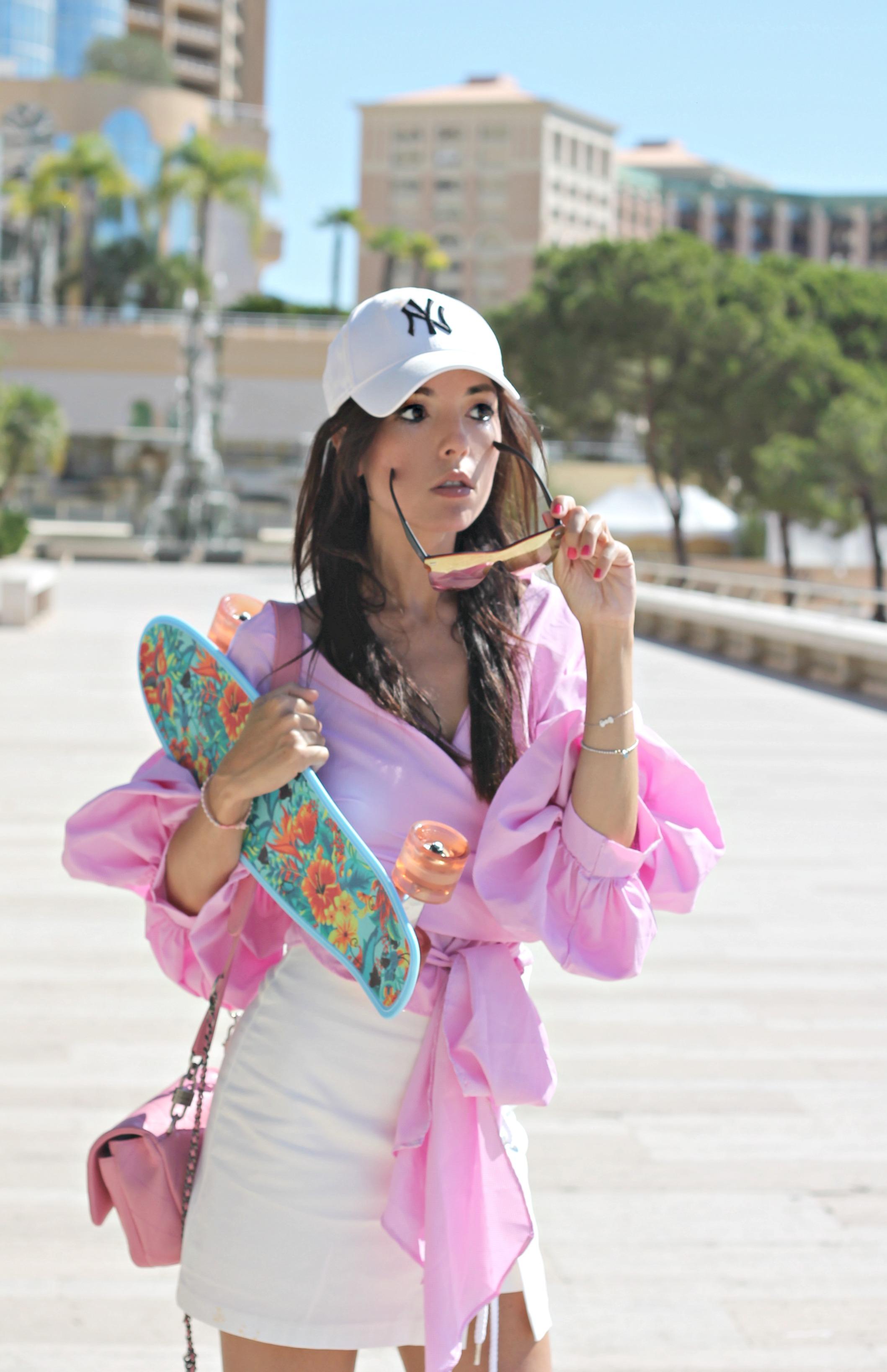 theladycracy.it. ricercare la felicità, ruffle skirt, ruffle style outfit, elisa bellino, fashion blog, fashion blogger italiane, fashion blog 2016, fashion blogger italy, fashion blogger milano, fashion blogger famose 2016, fashion blog moda italia, fashion editorial blogger, style trend 2016, camicia rosa volant, storets skirt, storets skirt, outfit blogger autunno 2016, come indossare il rosa, come si abbina il rosa, sporty chic look 2016, cosa mi metto estate 2016, cosa mi metto settembre 2016, chanel bag pink,