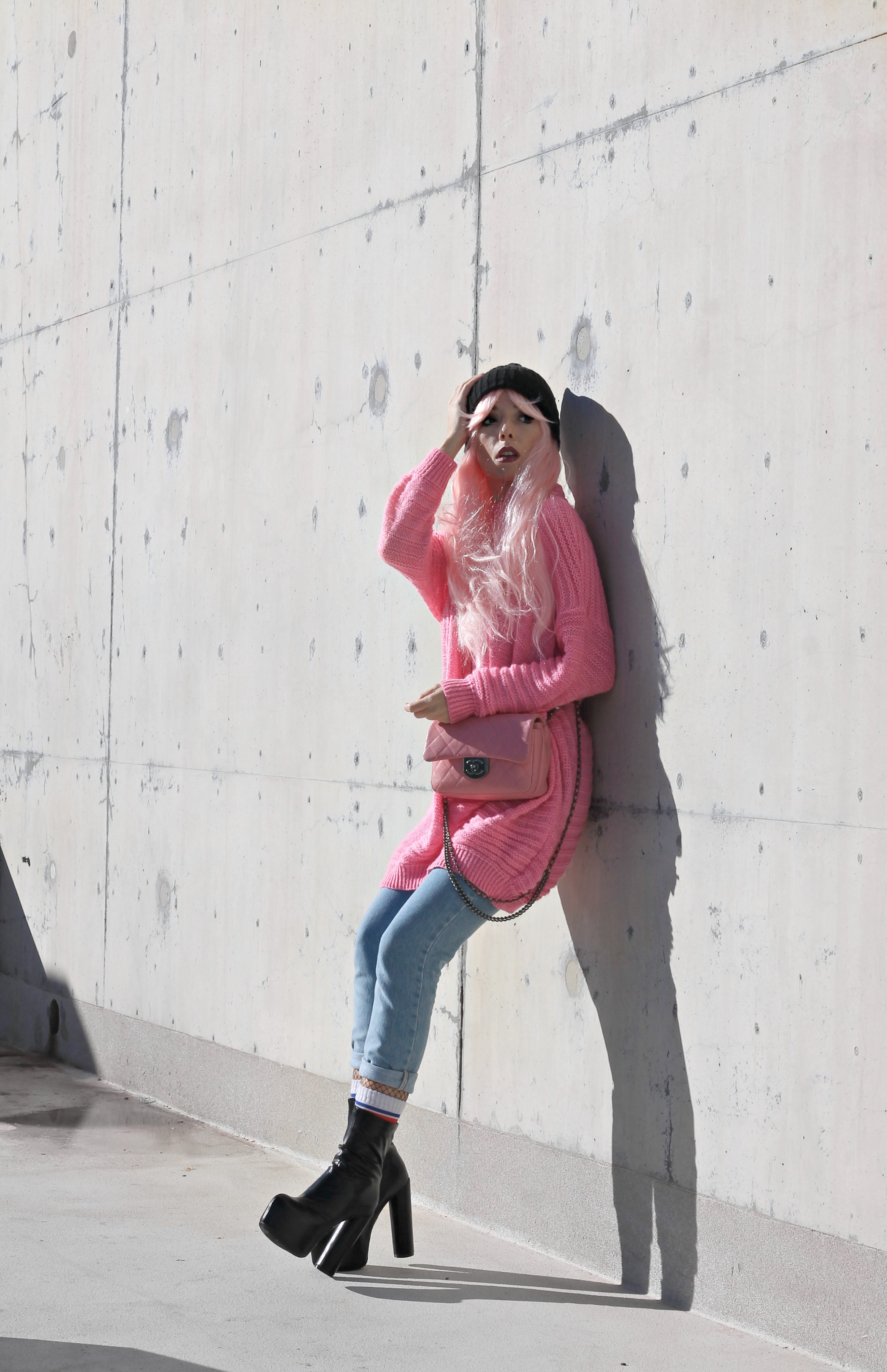 unicorni rosa, theladycracy.it, generazione y, elisa bellino, pink chanel bag, borsa chanel rosa, capelli rosa blogger, parrucche rosa, pink hair blogger, pink look 2017, blogger moda 2017, fashion blogger italia 2017, fashion blogger milano 2017, fashion blogger più seguite 2017, fashion blogger famose 2017, stivaletti plateau,