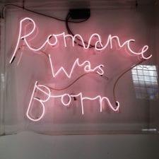 Neon scritte e disegni: gli anni 80 in casa tua